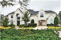 Large custom home built by Partners in Building, 5/6 bedrooms with lots of space for entertaining.