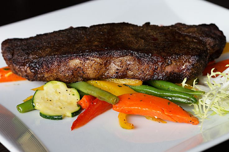 Baci Ristorante | Italian Restaurant | Hamilton, Ontario | Steak | New York Striploin