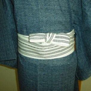 032 角帯(男性) - Hanhaba obi used for [ yet to be determined ] musubi [for male] ? ~ How to tie, see underlined link in original post, or: http://www.hansokubu.com/ai/032.pdf
