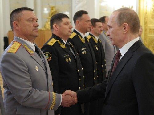 """Pour Poutine, l'armée russe a montré ses """"nouvelles capacités"""" en Crimée - International - Actualité - LeVif.be"""