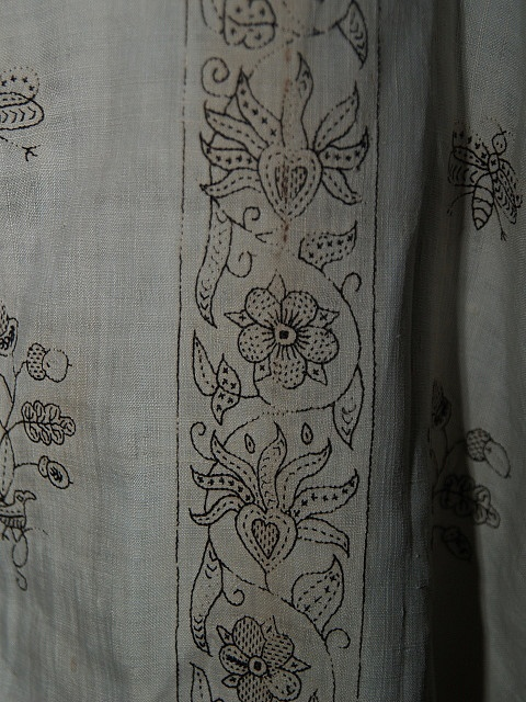 Repeating Embroidery pattern on the Blackwork Shirt in Bath Museum of Costume.