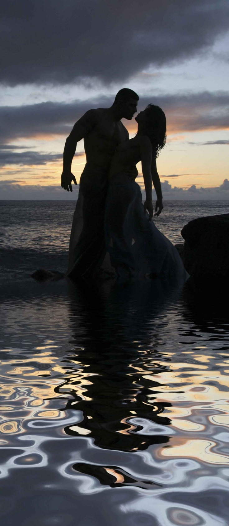 .: Sensual Love, Sensual Romance, Couples Silhouette, Sunset, Photos Engagement Couples, Beautiful Silhouettes, Sensual Sexy, Romantic Fantasy Photography, Beautiful Pics