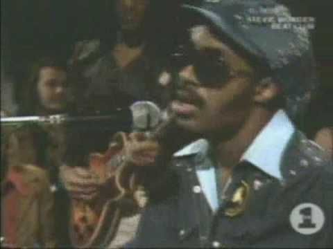 "STEVIE WONDER / HIGHER GROUND (1973) -- Check out the ""Super Sensational 70s!!"" YouTube Playlist --> http://www.youtube.com/playlist?list=PL2969EBF6A2B032ED"