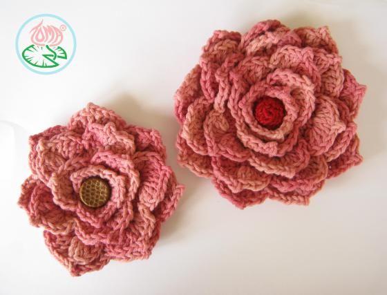 Crochet Flower Brooch (© 2013 Toma Creations)