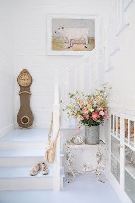 Love the shabby chic decor...and the Mor - http://myshabbychicdecor.com/love-the-shabby-chic-decor-and-the-mor/ - #shabby_chic #home_decor #design #ideas #wedding #living_room #bedroom #bathroom #kithcen #shabby_chic_furniture #interior interior_design #vintage #rustic_decor #white #pastel #pink