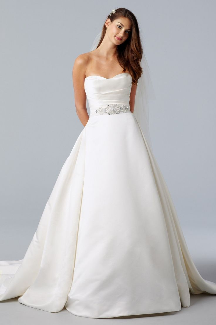 1000  images about wedding gowns on Pinterest