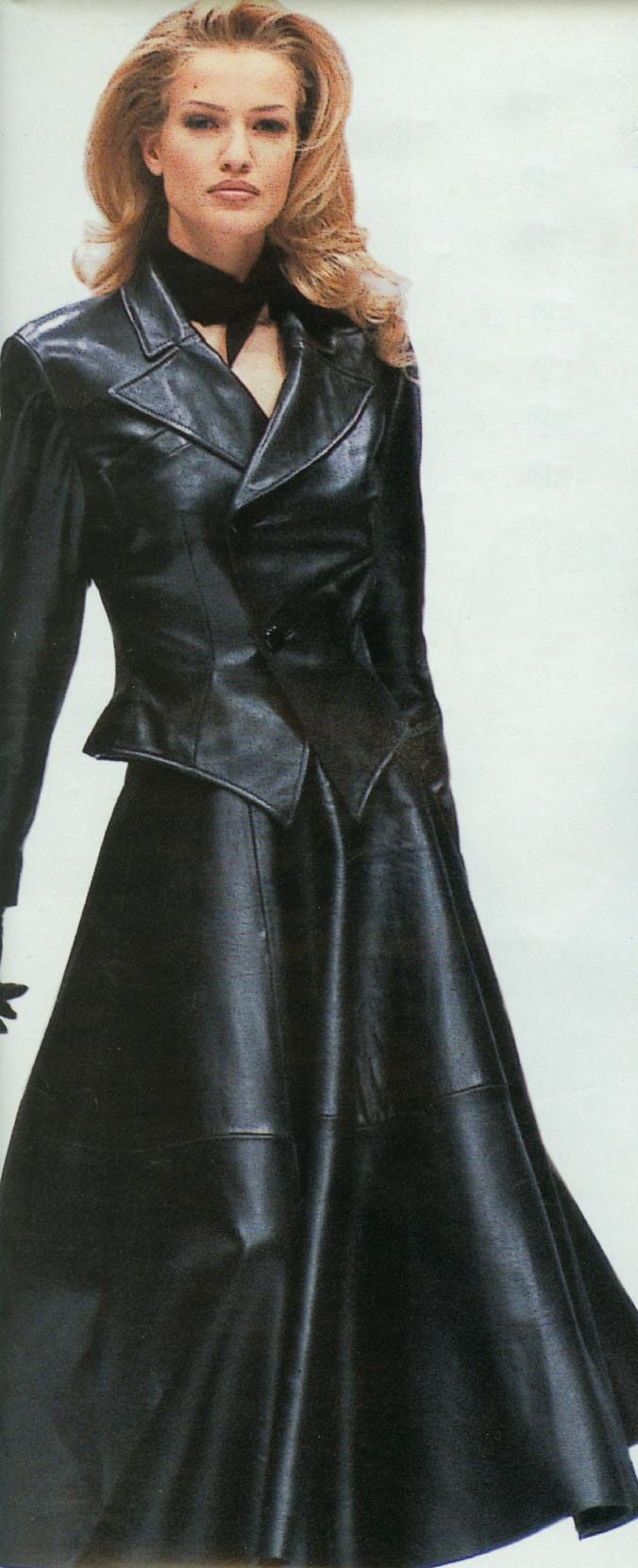 Some of the best leather fashions came out of the 80s and 90s - Karen Mulder for…