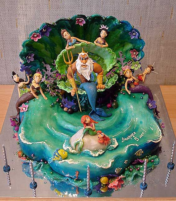 The Little Mermaid.  Learn how to create your own amazing cakes: www.mycakedecorating.co.za #disneycake #moviecake #birthdaycake