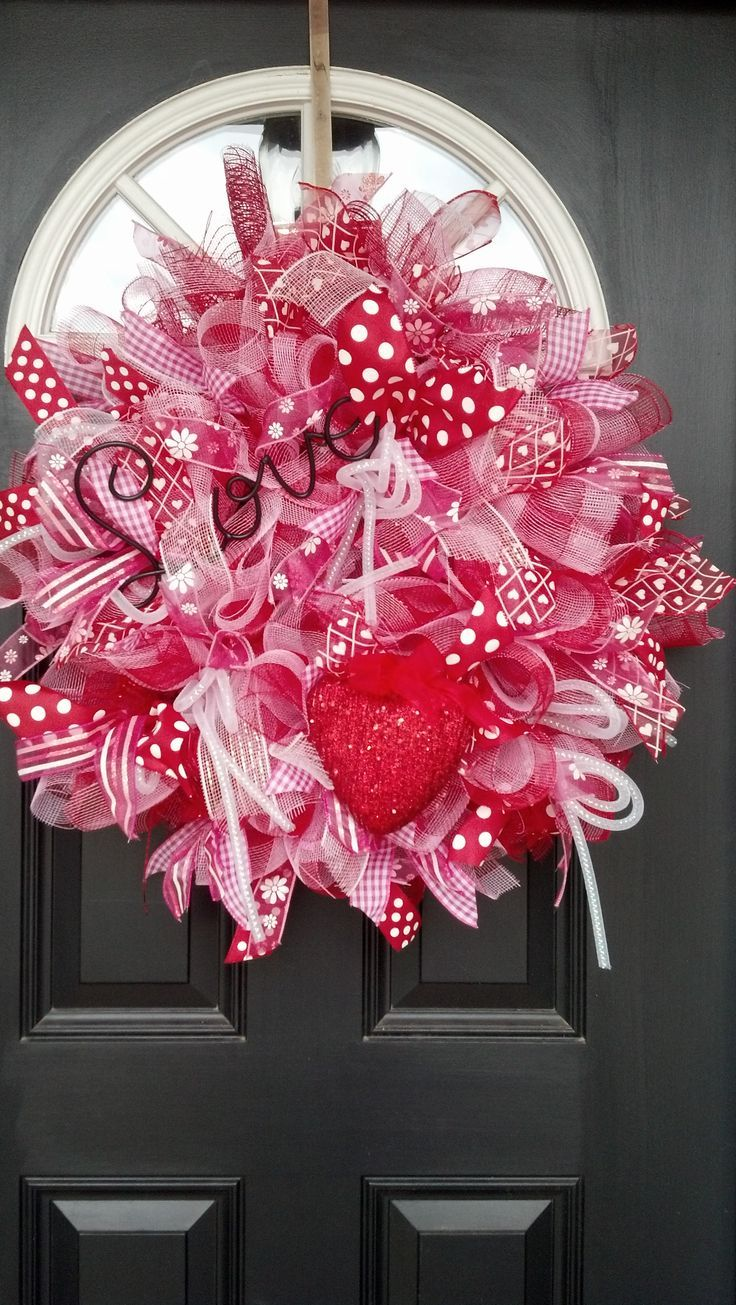 Valentine's Day Wreath Idea