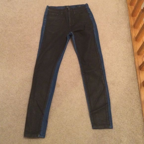 Urban outfitters BDG jeans High rise urban outfitter jeans with black front and blue back. Good condition only worn a couple times Urban Outfitters Jeans