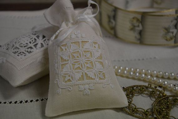Pouch for jewlary Marie Antoinette by Tatiana Sin hand by Roseisle
