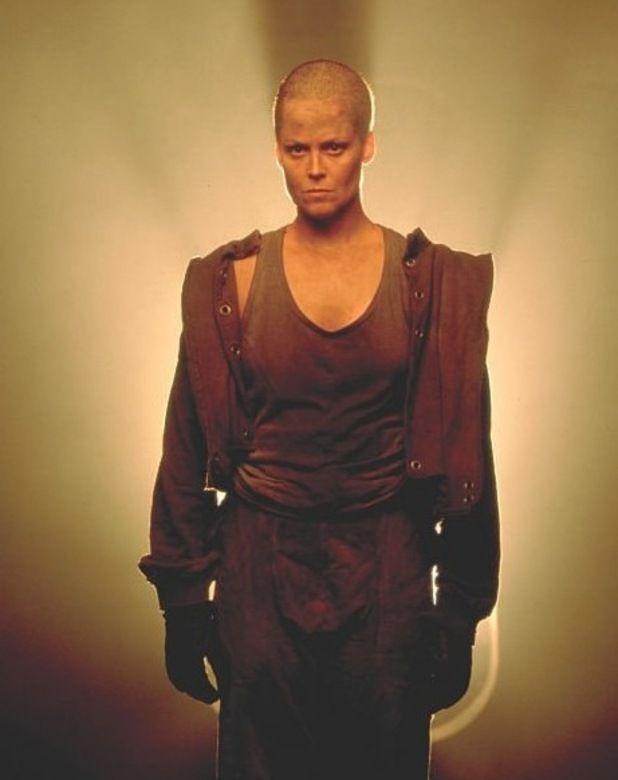 Sigourney Weaver shaved her head for her role as Ellen Ripley in Alien 3.