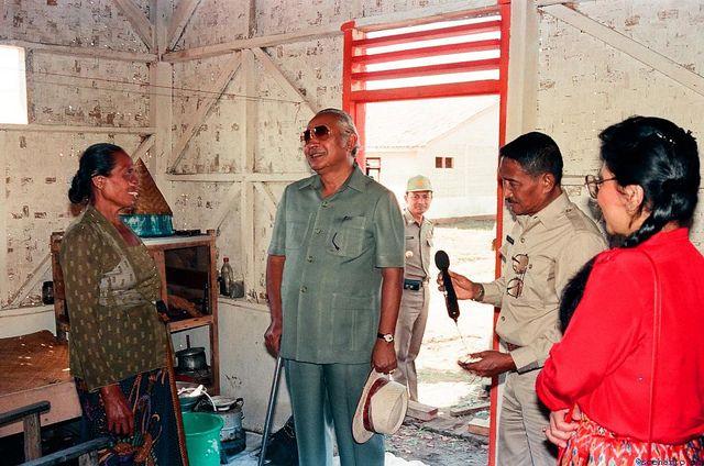 soeharto-239 | Presiden Soeharto sering incognito. Berkunjun… | Flickr