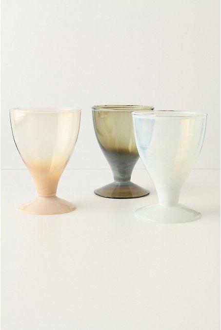 smoky glass Bodega glasses●乳白色のガラスが、美しい。
