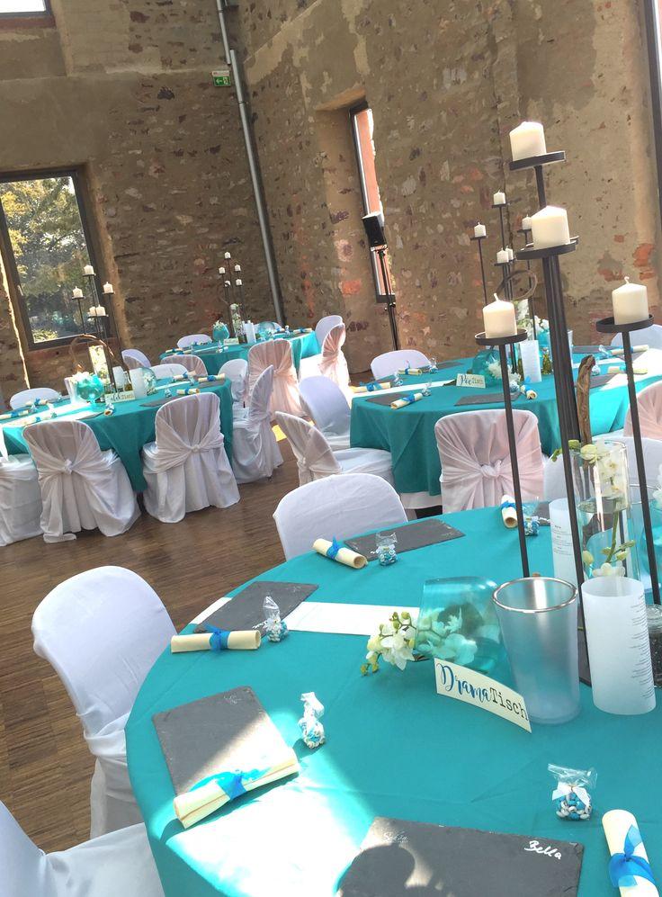tischdekoration für Hochzeit in Türkis, hier im Jagdschloss Platte Wiesbaden