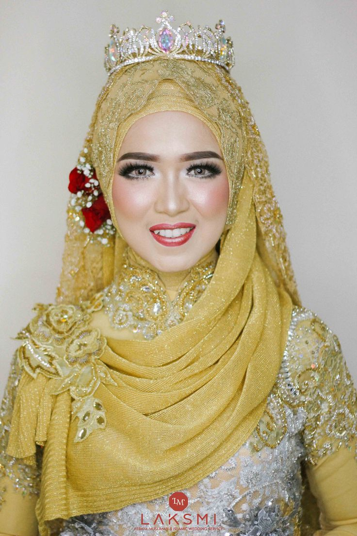The Wedding Of Ajeng & Frans oleh LAKSMI - Kebaya Muslimah & Islamic Wedding Service • Gaun pengiring pengantin | Bridal | Bridestory di Indonesia | Bridestory