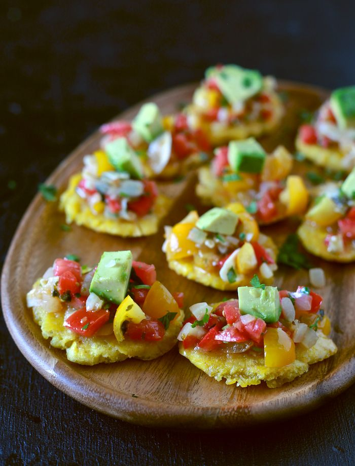The Noshery | Sofrito Salsa and Tostones | http://thenoshery.com