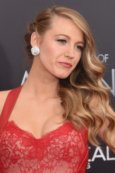 Blake Lively Photos Photos: 'The Age Of Adaline' New York Premiere – Arrivals