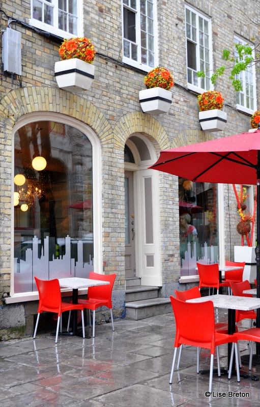 Terrasse couverte pour restaurant au restaurant jardin for Resto paris terrasse jardin