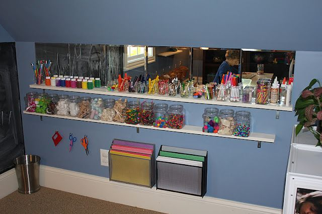 I like the art supply organization here, and the mirrors. What kid (or person) doesn't like to look at themselves?