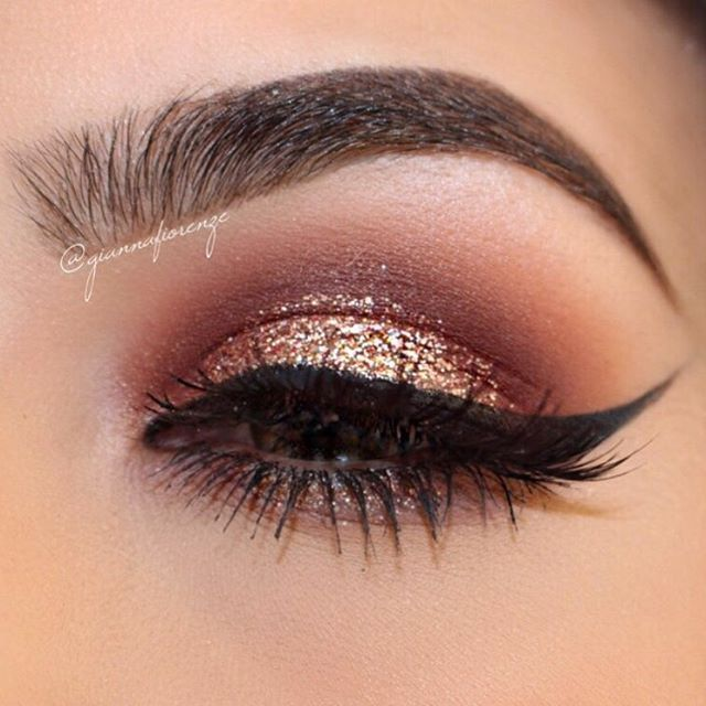 #blendthatshit #tbt BROWS @anastasiabeverlyhills Brow Wiz in Soft Brown & Dipbrow in Chocolate. Clear Brow Gel to set @morphebrushes @jaclynhill Palette 4 on browbone 13, 24, 71 on crease & lid @shopvioletvoss #violetvoss in Champagne Kisses in center lid @thekatvond Tattoo Eyeliner✨ @toofaced Better Than Sex Mascara @houseoflashes in ICONIC @desioeyes in Caramel Brown✨ Got this look with my @makeupaddictioncosmetics Glam Me Up Set✨ #makeupaddictioncosmetics