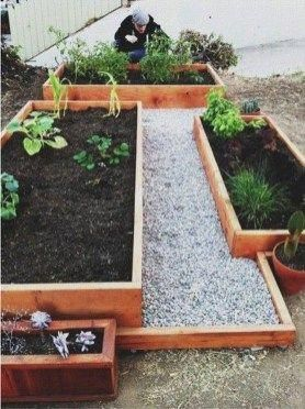 Impressive Planter Box Ideas For Small Backyards And Patios 19