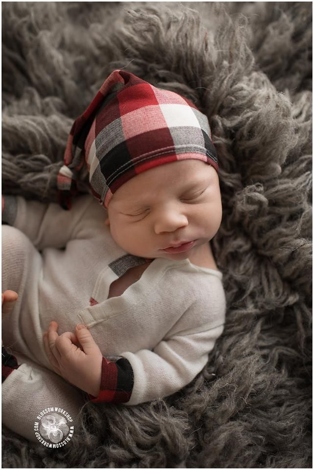 He's such a cutie in our Jackson set! Adorable photo by Blossom Workshops Newborn clothing photography props