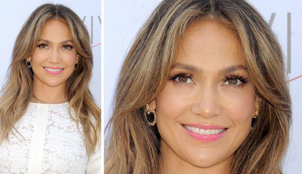 Jennifer Lopez: simply glowing at age 44