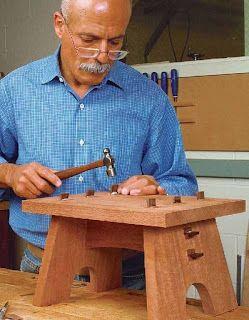 Ah! E se falando em madeira...: banqueta, projeto gratuito no blog