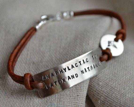 Deux Bracelet d'alerte médicale ligne  à par ThoughtBlossoms