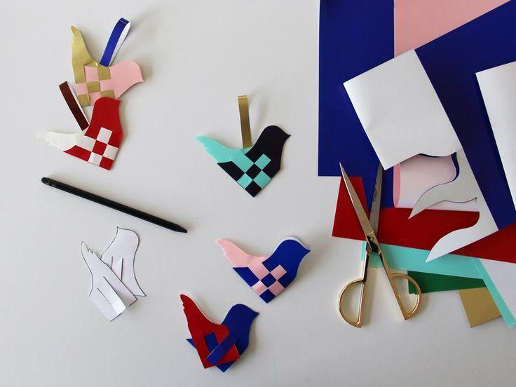Flettede fugle i glanspapir - DIY julepynt - print selv skabelon og glanspapir i alle farver