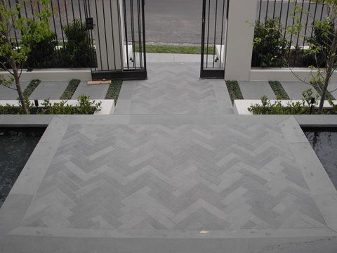 Herringbone paving More