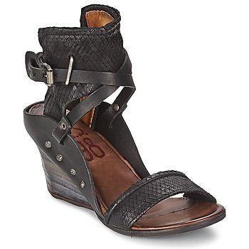#Sandalen/#Sandaletten KOKKA Schwarz von #Airstep / #AS98: bis zu 20 % Rabatt - Dieser #Schuh verführt durch seine Innensohle aus Leder und das komfortable Innenfutter aus Leder.  #Schuhedamen, #SandalenDamen