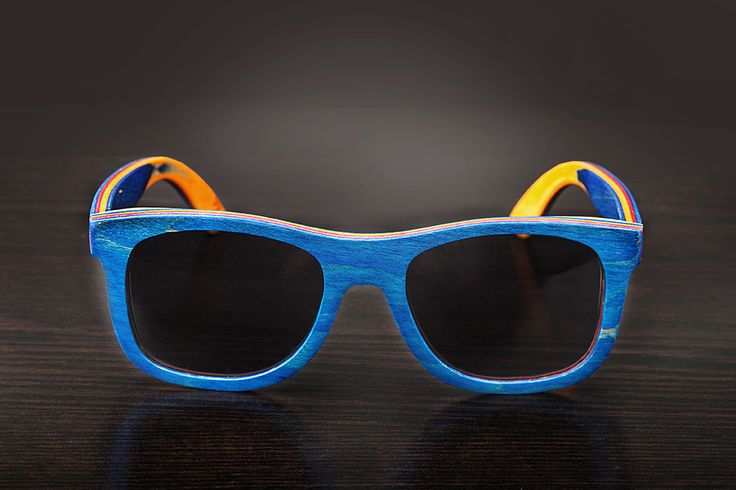 Blue Bamboo Sunglasses - Polarized Lenses - 100% UV Filter - Category 3 - Bamboo Case and Protective Bag