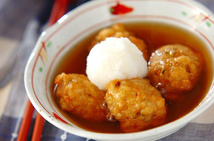 山芋がたっぷり入っているからとってもふわふわ。豆腐のショウガ揚げ団子[和食/揚げもの]2008.05.12公開のレシピです。