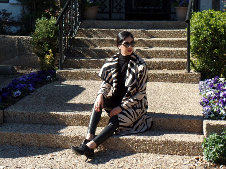 www.vanessaindallas.com www.vanessaindallas.com  vanessadarlingdallas @ve_ne554  Statement Coat #newyorkandcompany #statementcoat #metallic #blackleggings #leggings #blackturtleneck #black #turtle #neck #vogue #shades #sunglasses #dsw #booties #howtowearastatementcoat #statementcoatideas