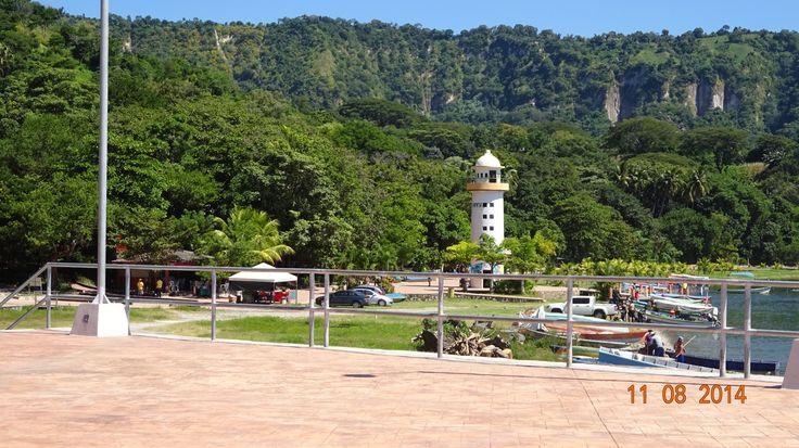 Lake Ilopango, Lighthouse.