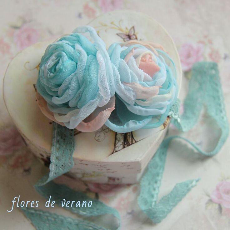39 отметок «Нравится», 5 комментариев — Имена и панно из фетра, Броши (@flores_de_verano) в Instagram: «Как-то меня попросили сделать свадебное украшение, которое сочетало бы розовый и голубой…»