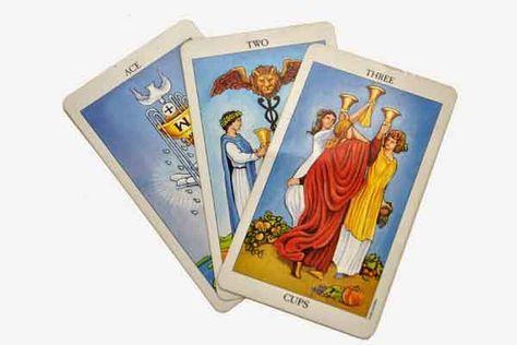 La edad segun el Tarot El Tarot no sólo sirve para ayudar a tomar decisiones o sugerir significados a nuestras experiencias sino que también revela el ...