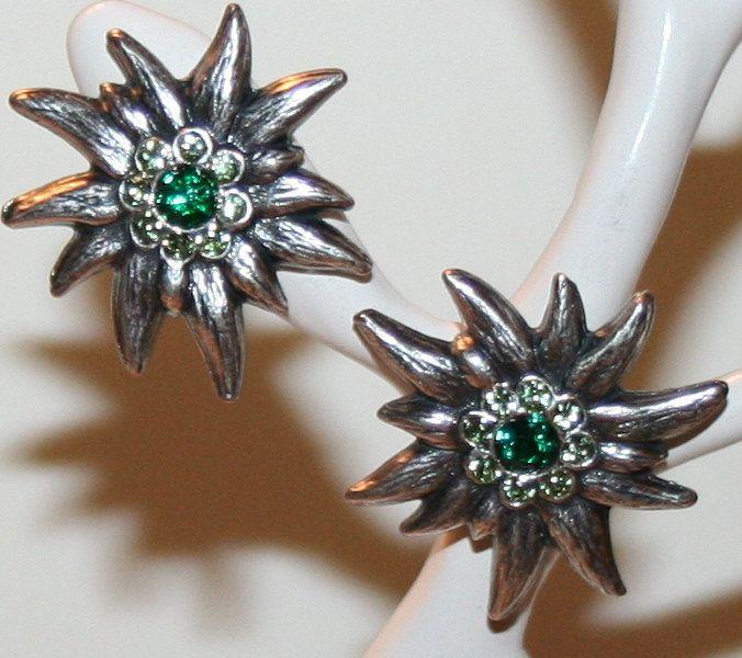 Trachten - Ohrstecker mit Edelweiss und Swarovski Kristall von Edelweiss51 auf Etsy