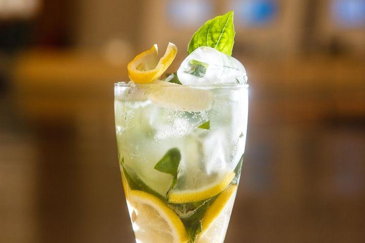 Огуречно-базиликовый лимонад - пошаговый рецепт с фото - как приготовить - ингредиенты, состав, время приготовления - Леди Mail.Ru