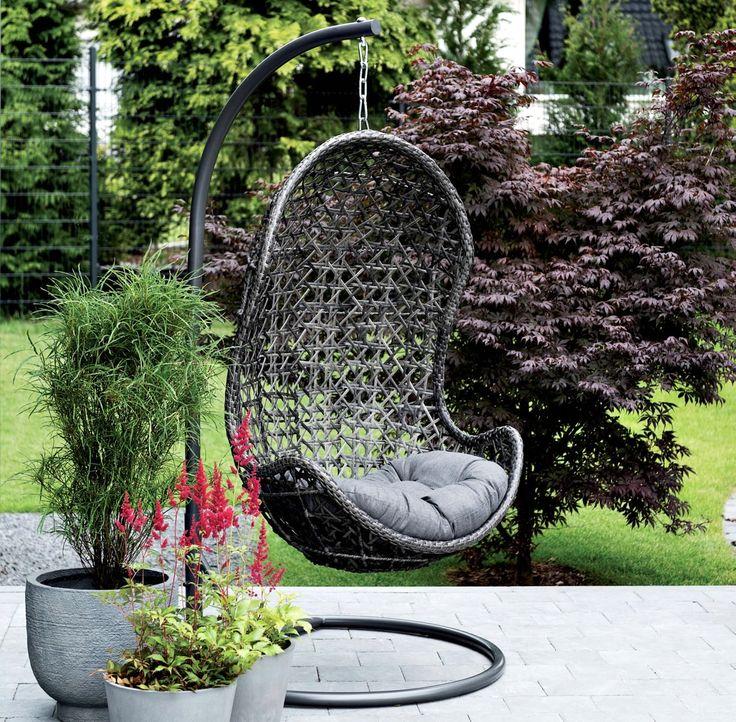Prachtige schommel van Berlano. Perfect voor in de tuin om een boek te lezen.