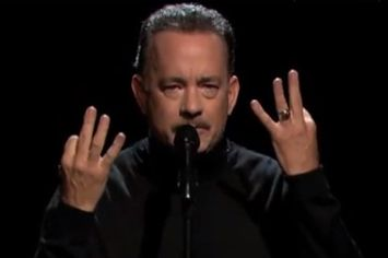 "Tom Hanks Performs Slam Poetry About ""Full House"""