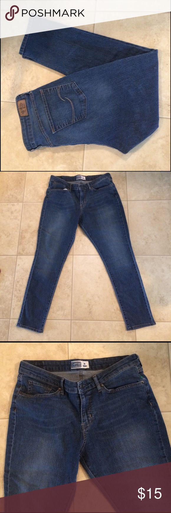 $12 Levi's the skinny stretch skinny jean like new Like new condition! Hi! Thanks for the like! Check out the super cheap bundle prices in my listing descriptions and let me know if you have any questions or need any help! Levi's Jeans Skinny