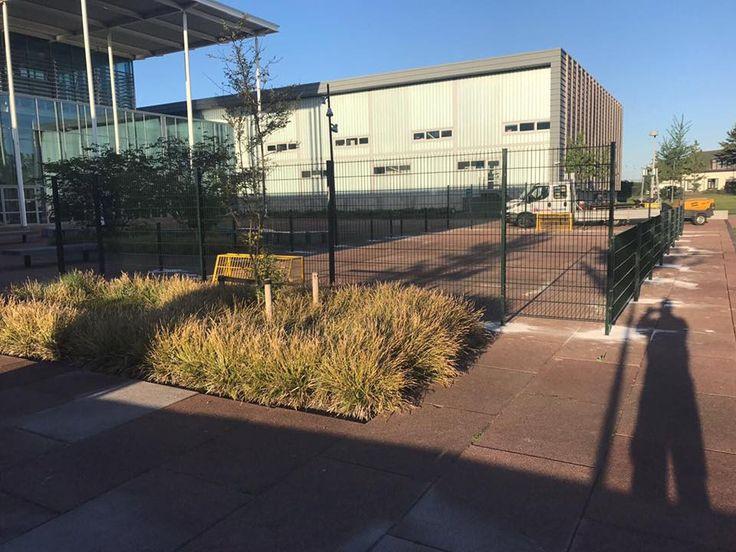 Pannaveld, kleine voetbalkooi geplaatst in Brielle. Voorzien van kleine gele doelen. Afmetingen 10 x 20 meter.