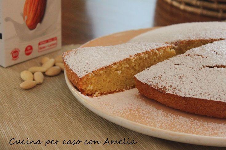 Torta con latte di mandorla, ricetta | Cucina per caso con Amelia