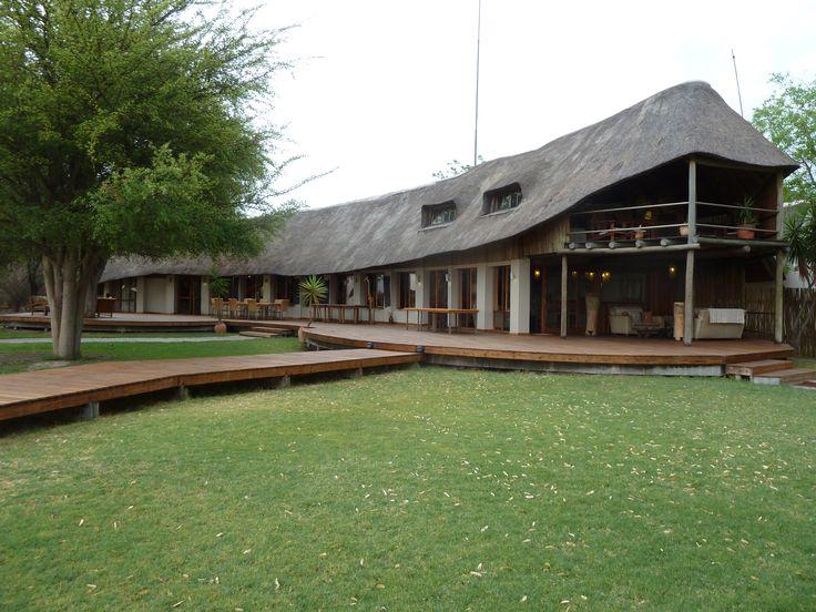 Lodge at Leroo La Tau. We REALLY enjoyed our stay here :-)  Botswana101.com #OkanvangoDelta #CampLerooLaTau #Botswana #CampLifeBotswana #LifeAtSafariCamp