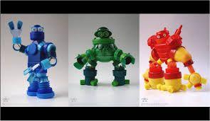 Resultado de imagen para robots de reciclaje con tapas