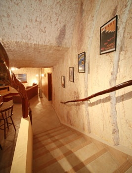 Coober Pedy: check out more Earth homes here http://www.propertyguru.com.sg/lifestyle/article/4/5-amazing-earth-homes