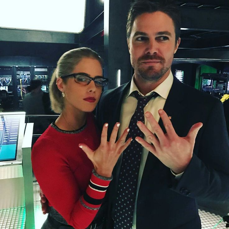 Stephen & Emily - #Arrow - BTS (Posted by Echo Kellums)